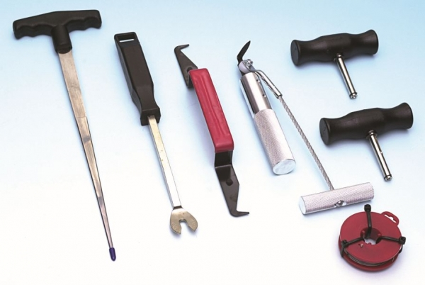 Set instrumente demontaj parbriz