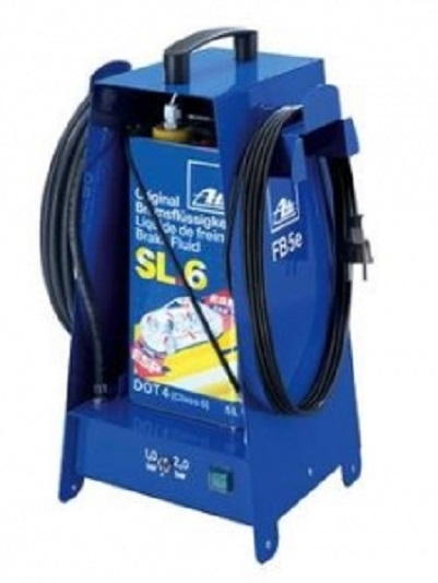 Dispozitiv electric inlocuire lichid frana potrivit bidon 5 litri